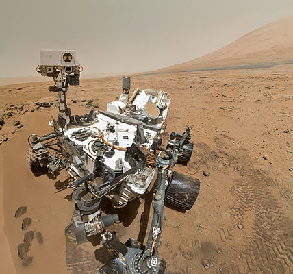 Curiosity rover self-portrait (detail) using Mars Hand Lens Imager, Sol 84 (31 October 2012).